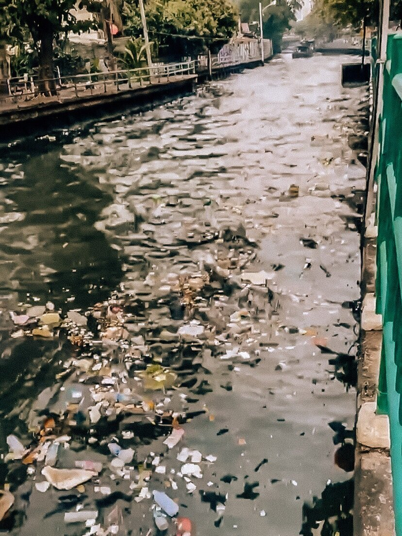 Garbage pollution in Bangkok Thailand
