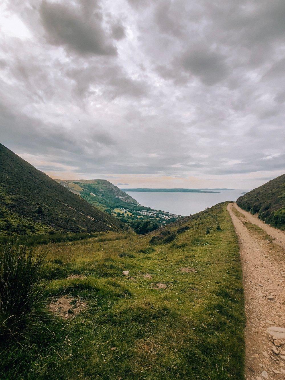 Beautiful sea views when hiking in Snowdonia