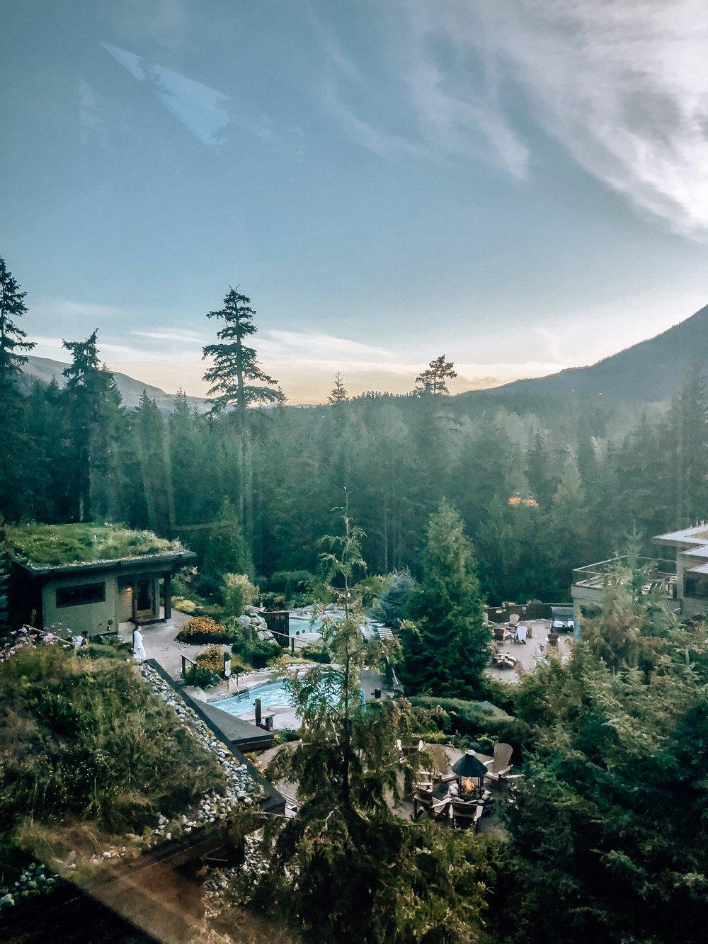 Scandinave Spa Whistler Canada outdoor spa hyrdotherapy