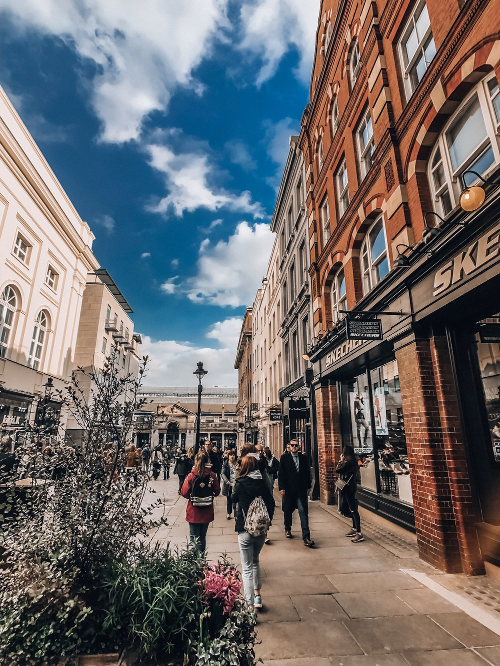 How to shop without money in London