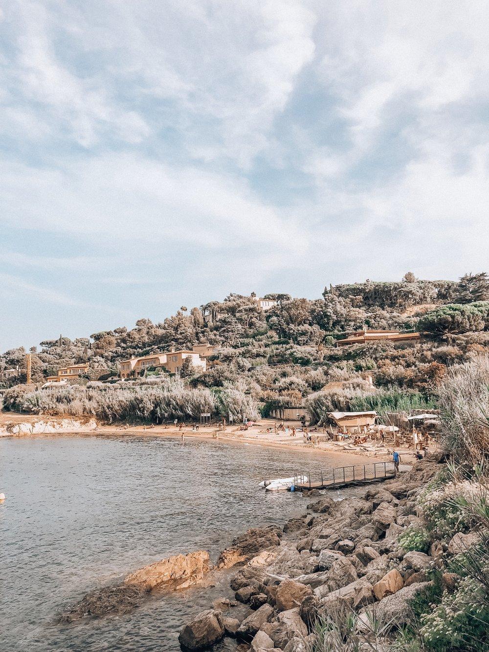 Exclusive best beach club in Saint-Tropez