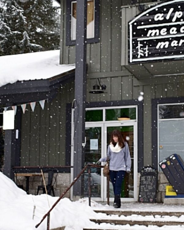 5 PLACES TO EAT IN WHISTLER WHERE RESERVATIONS AREN'T REQUIRED